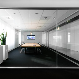 http://keymate.de/wp-content/uploads/2016/03/Glass_Partition_Wall-e1459255438377-300x300.jpg